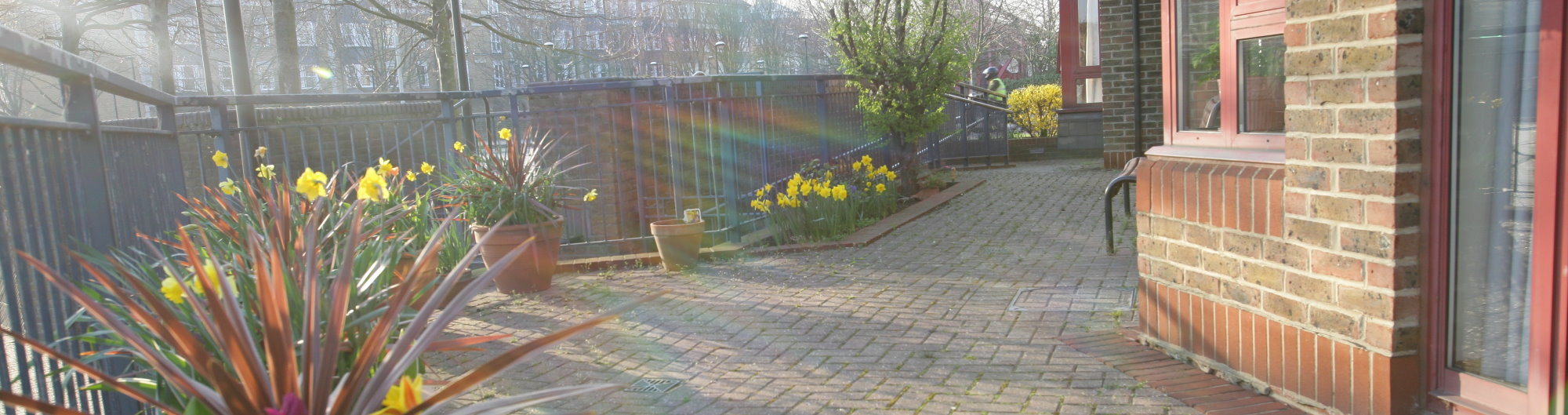 Rotherhithe Waterside Patio Area Image